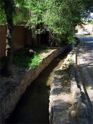 Acequia Madre in Santa Fe, Creative Commons