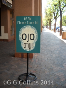 Ojo Optique Sign