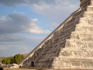 Temple of Kukulkan, closely related to Quetzalcoatl. By ATSZ56 (Own work) [Public domain], via Wikimedia Commons